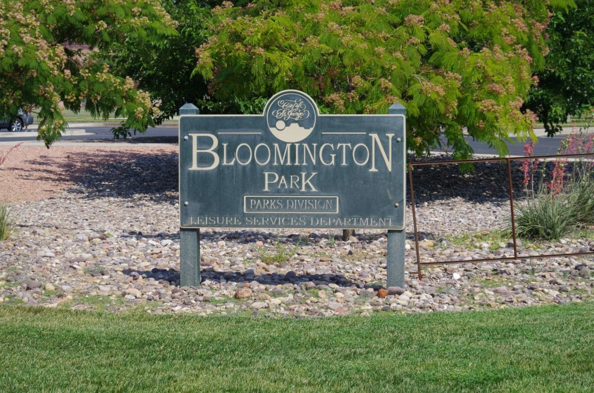 Sign reading Bloomington Park