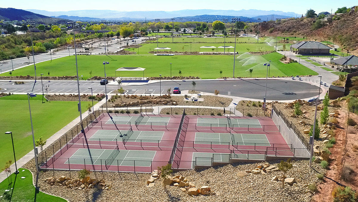 Aerial view of pickleball courts at park