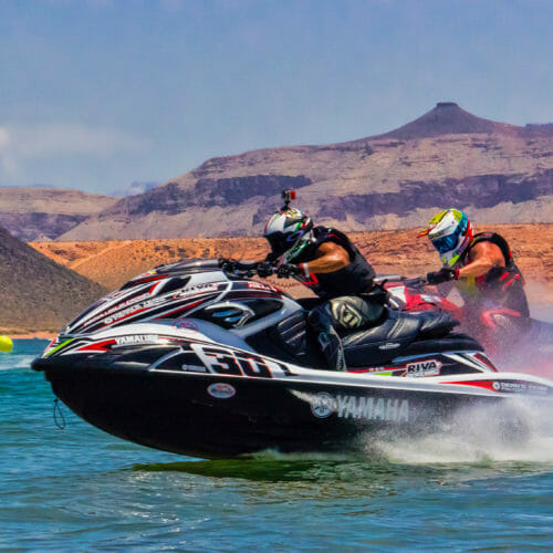 Pro watercross en el parque estatal Sand Hollow