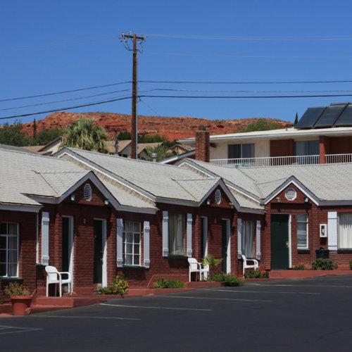 Dixie Palms Motel