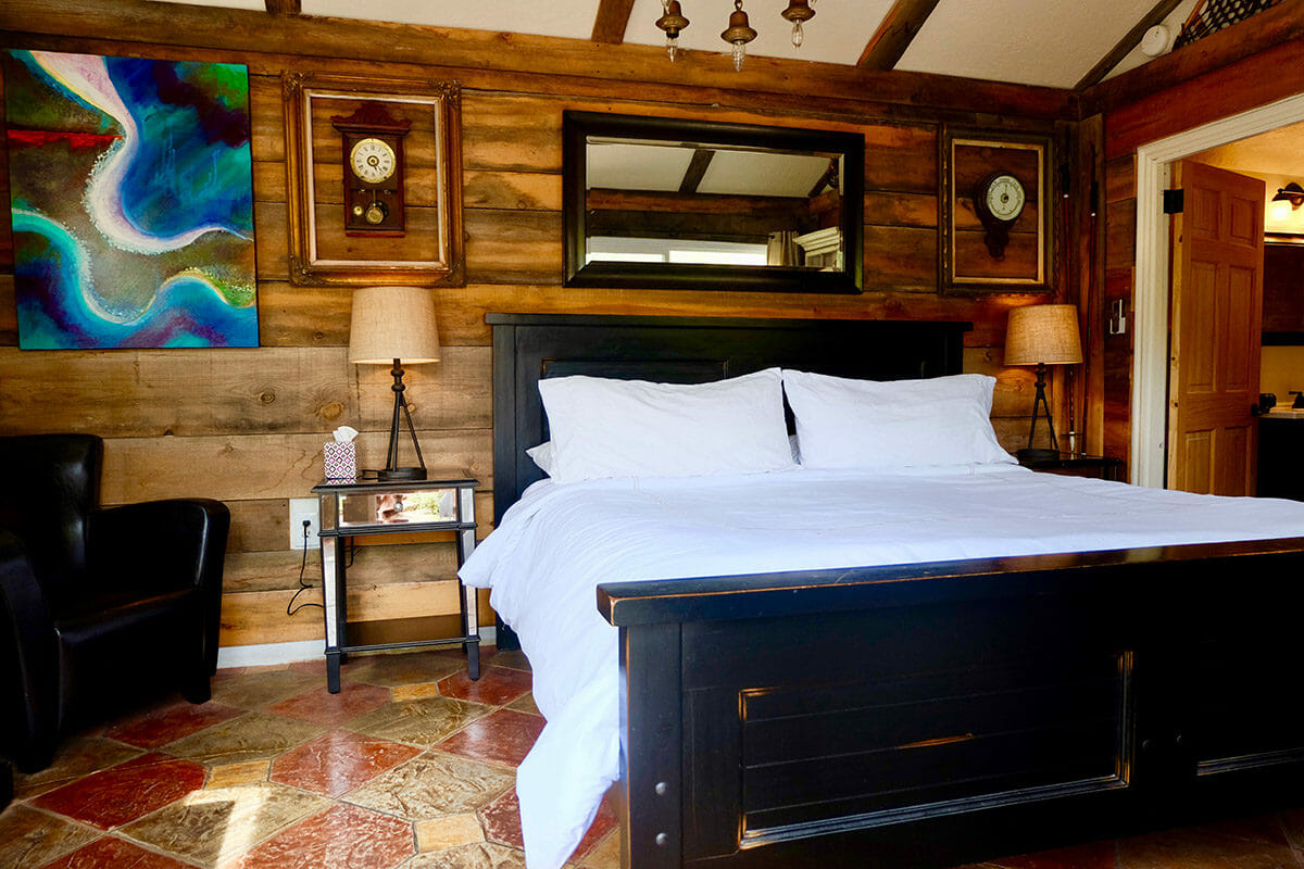 Cabin bedroom with queen size bed