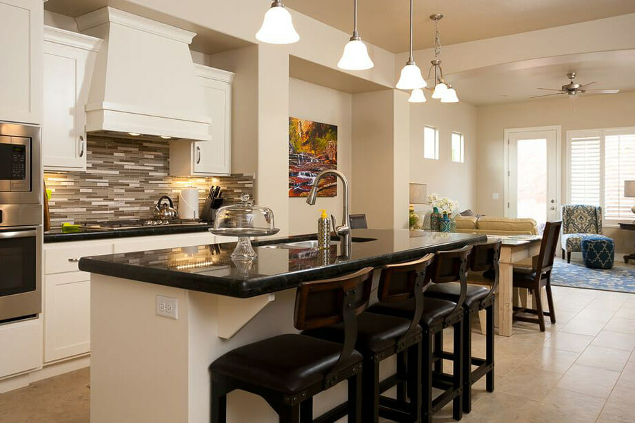 Kitchen area with modern design