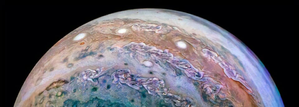 picture of jupitor on night sky