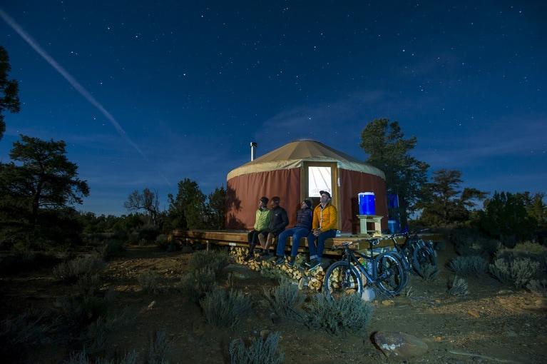 Mosa vero ad hominem yurts